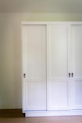 schuifdeurkast, kledingkast met-gespoten-deuren